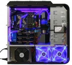 Компьютер с жидкостной системой охлаждения